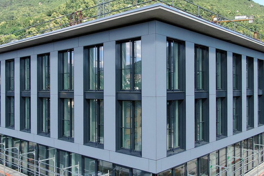 Multi-functional Centre of Pregassona  / 3